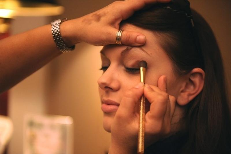 Il make up della sposa deve essere a lunga tenuta e a prova di lacrima