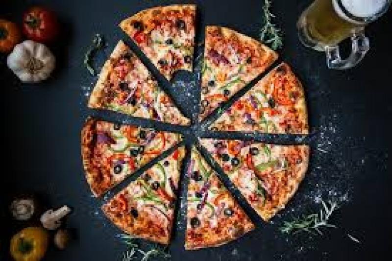Pizza al matrimonio: e voi cosa ne pensate?