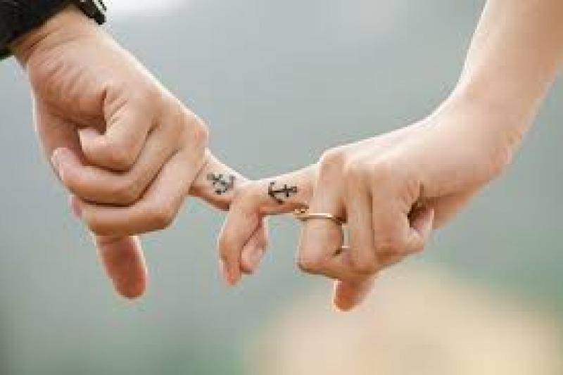 Tatuaggi temporanei per l'addio al nubilato, ma anche per il giorno delle nozze