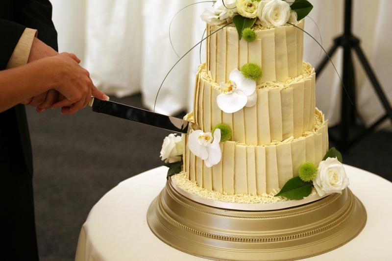 Torte metallizzate per le nozze: che tendenza chic!