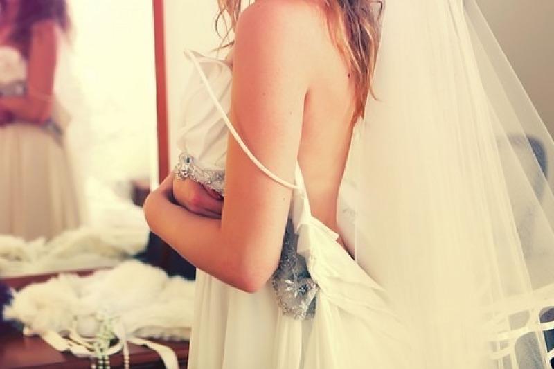 Abito da sposa: come sceglierlo in base al proprio fisico