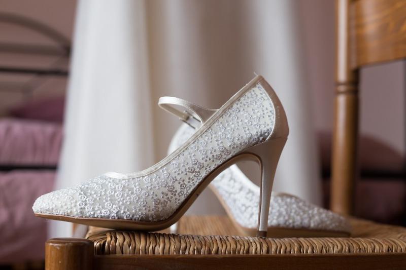 Scarpe da sposa: come sceglierle e quando comprarle