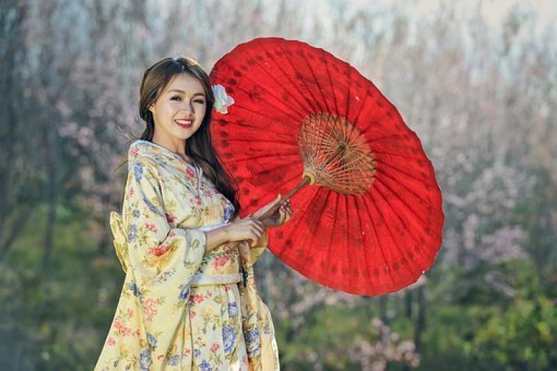 Moda sposa: i kimono trasformarti in abiti di Watabe Wedding