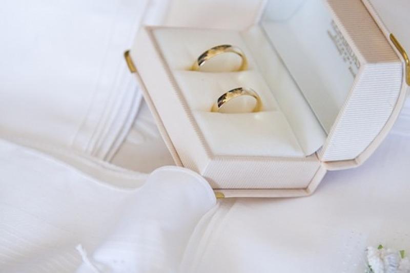 Le nuove fedi nuziali Nomina di Tramontano per il tuo matrimonio