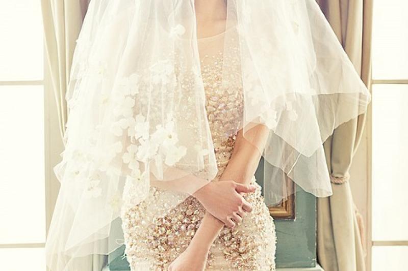 I migliori abiti da sposa gioiello del 2019: modelli e consigli