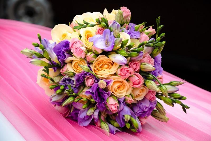 Bouquet da sposa estivo: ecco i fiori più belli