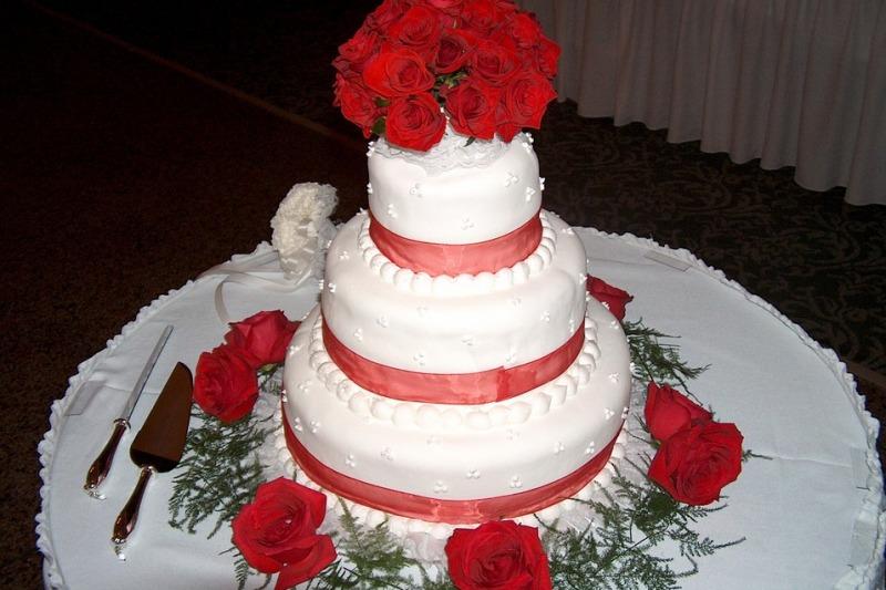 Novità torte nuziali 2020: torta pancake e charlotte