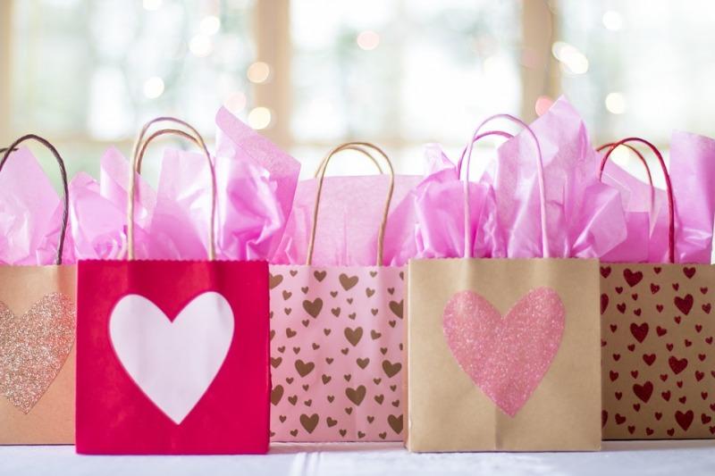 La wedding bag per i matrimoni 2021, ai tempi del coronavirus: idee e consigli