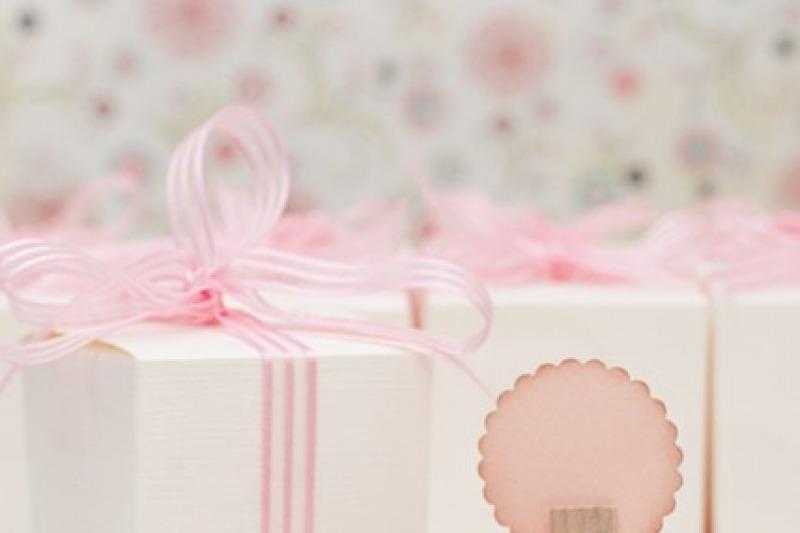 Le bomboniere: a chi offrirle in dono dopo le nozze