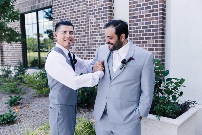 Chi accompagna gli sposi alla cerimonia?
