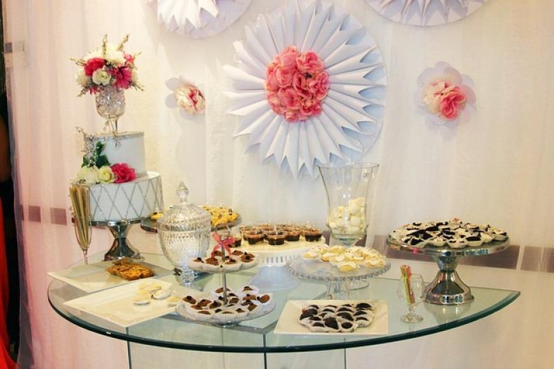 Non solo torta: il tavolo dei dolci alle vostre nozze