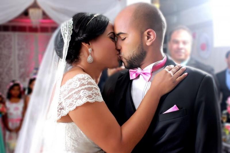 Rito civile per il tuo matrimonio: è possibile inserire delle letture?