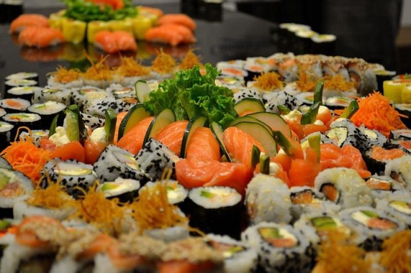Il banchetto nuziale con il sushi