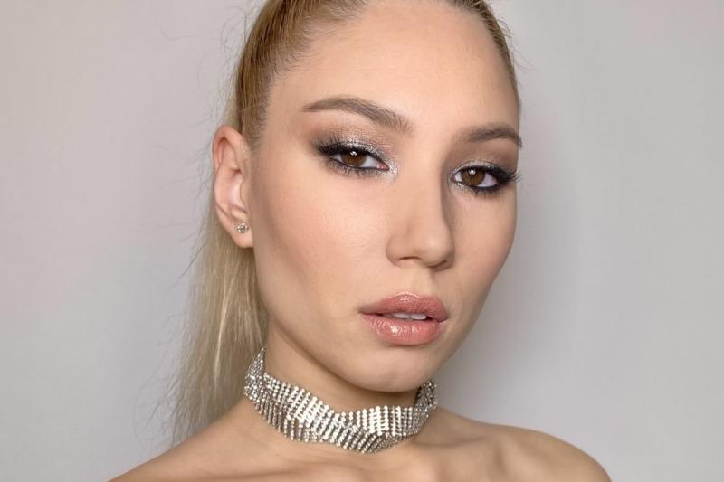 Cristina Make-up